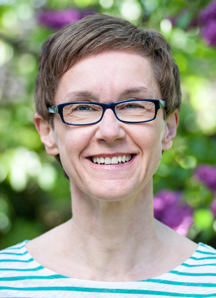 Caroline Rauscher studierte Pharmazie an der Julius-Maximilian-Universität in Würzburg