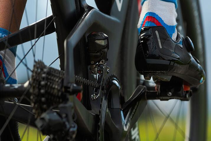 Radsocken und Radschuhe