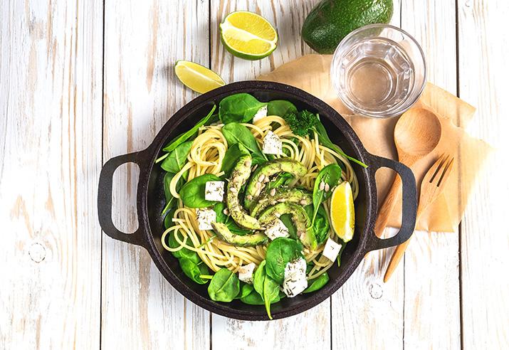 Pasta mit Feta, Spinat und Avocado von Daniela Sämmler