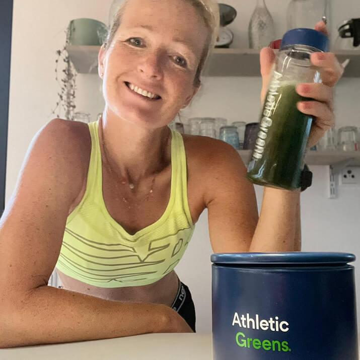 Wenke Kujala testet Produkte von Athletic Greens.