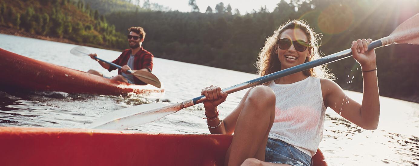 7 Wassersportarten, die du diesen Sommer ausprobieren solltest