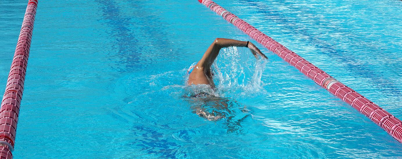 Vorbereitung und mentale Stärke bei einem Schwimmwettkampf