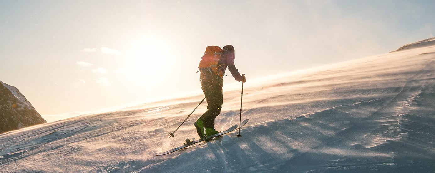 Skitourengehen – ein hundert Jahre alter Skisport blüht zum Wintertrend auf