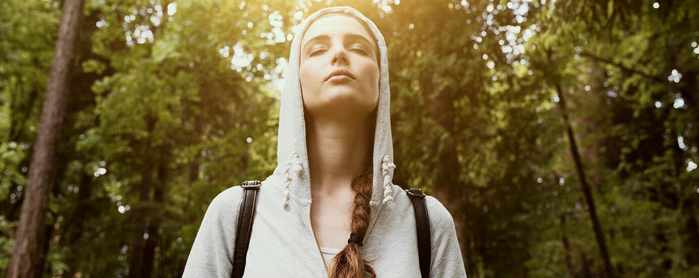 Waldbaden: der Spaziergang, der dich gesund und glücklich macht